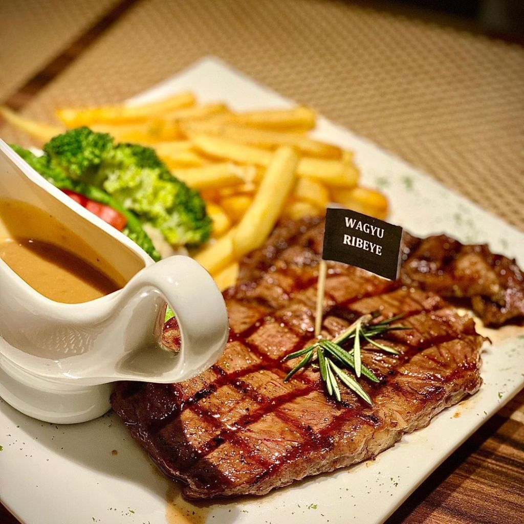 Halal Western Restaurants With Food Delivery Service