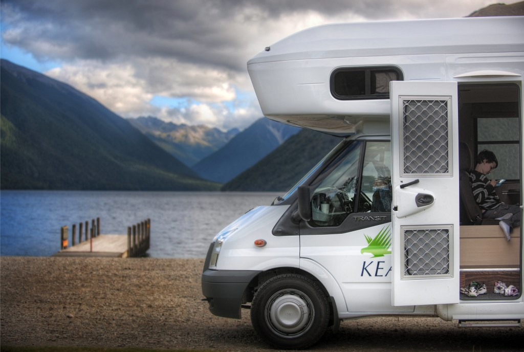 Travelers prefer to use camper vans to move around North and South Island