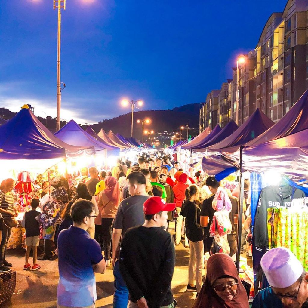 Night Market in Brinchang would be your family retreat highlight in Cameron Highlands Malaysia
