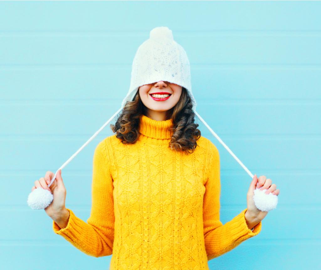 Sediakan pakain tebal dan jaket untuk musim sejuk