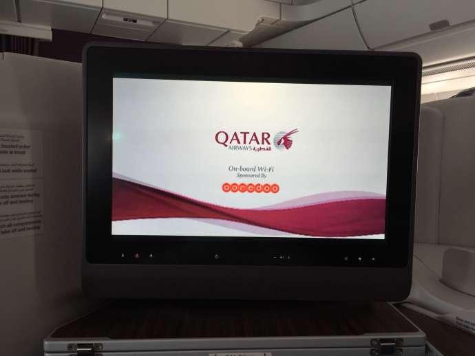 飛機有提供付費無線網路,有提供15分鐘免費,但我們沒有使用