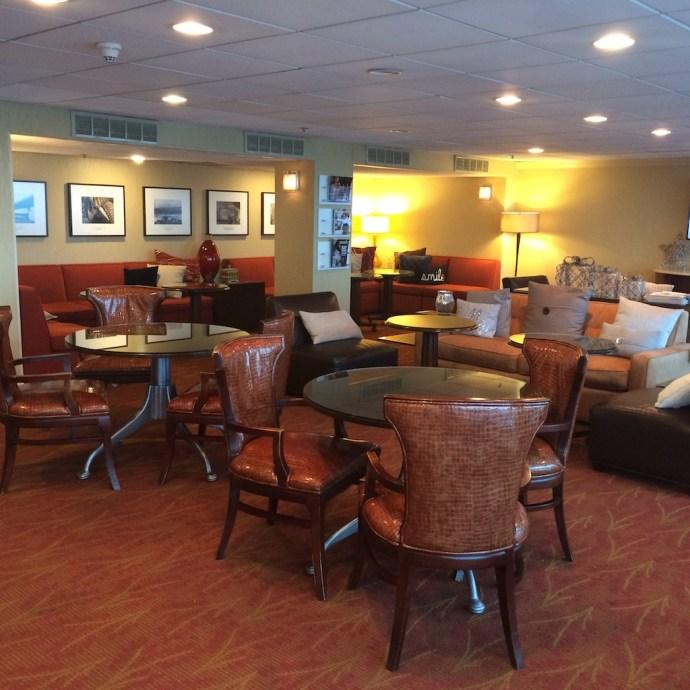 lounge breakfast5
