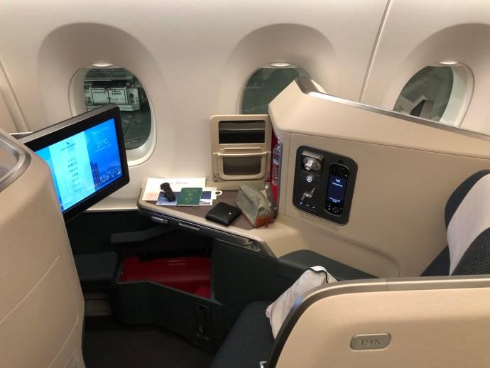 [Ryan飛行紀錄] 國泰航空商務艙 / 舊金山~香港