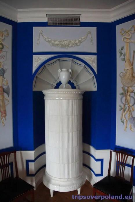 Pałac pod Blachą - piec z Manufaktury Nakomiady