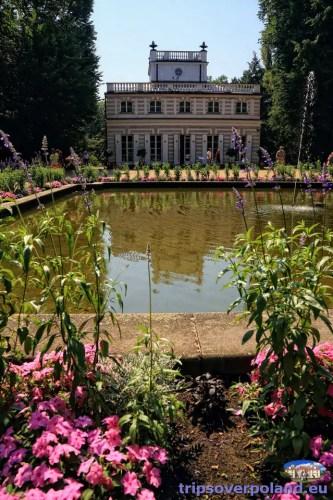 Biały Domek -  w Łazienkach Królewskich