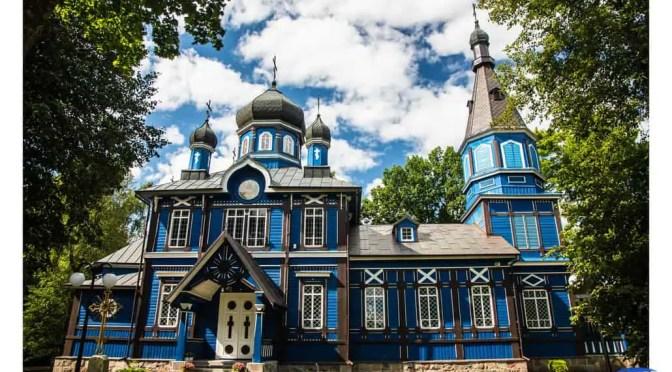 Kolorowe zachęty do odwiedzin najchłodniejszego regionu w Polsce