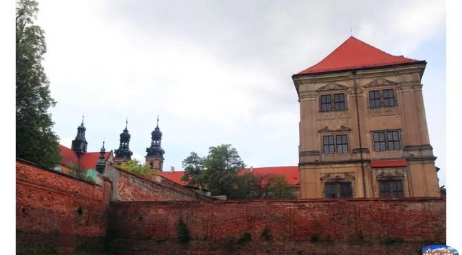Trzykrotnie większy od krakowskiego Wawelu kompleks w Lubiążu – zmiana właściciela i co dalej?