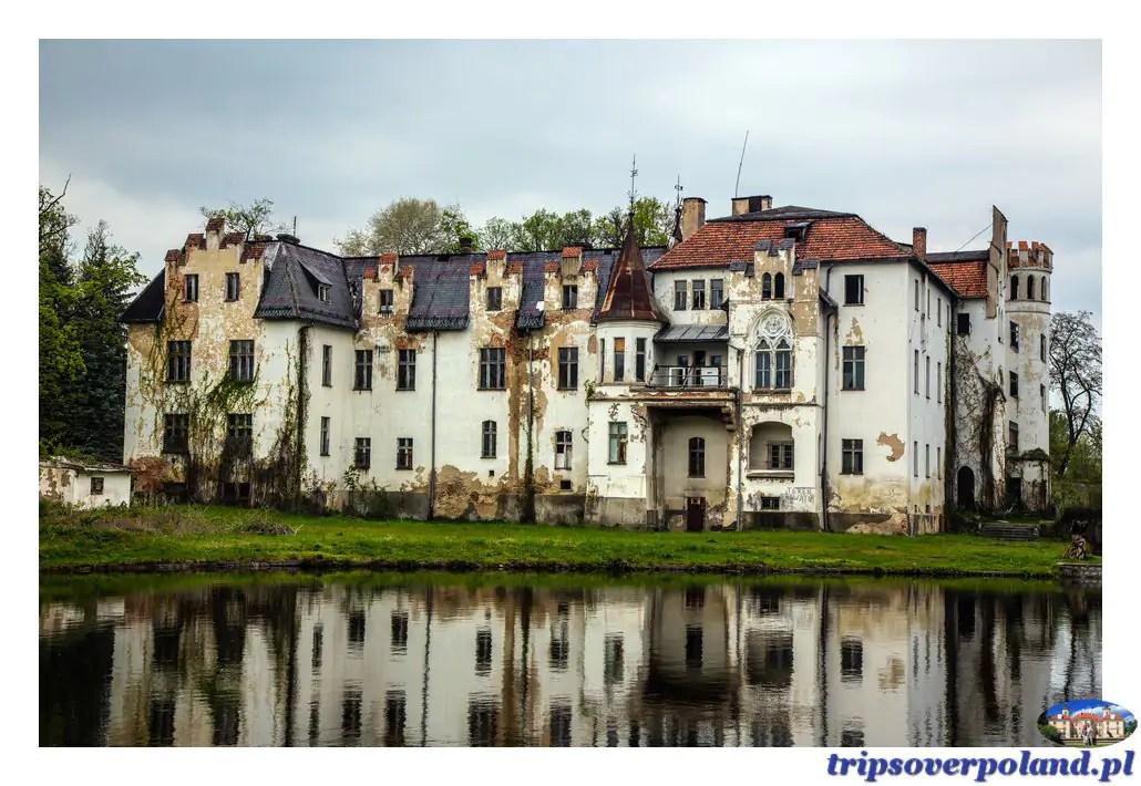 Dobrocin - pałac