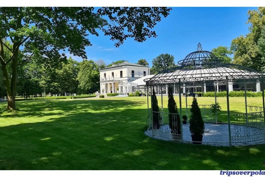 Rozalin - pałac i park