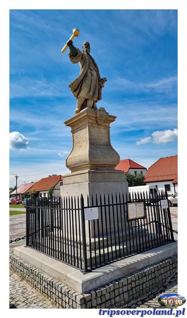 Tykocin - pomnik Stefana Czarnieckiego z 1763 roku