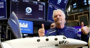 Business Magnate Richard Branson Becomes First Billionaire To Fly Into Space