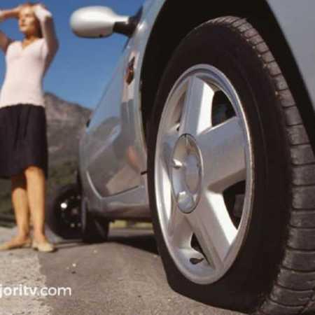 pinchazo rueda en carretera