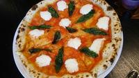 トラットリアショーブー@宜野湾市で丁寧に焼き上げたピザを頂く