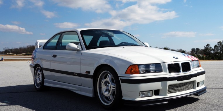 bmw-m3-e36-front-view