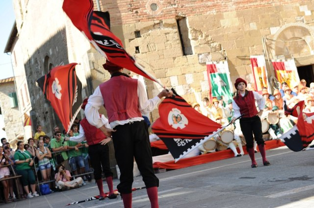 03 Palio, the black and red of Rivellino