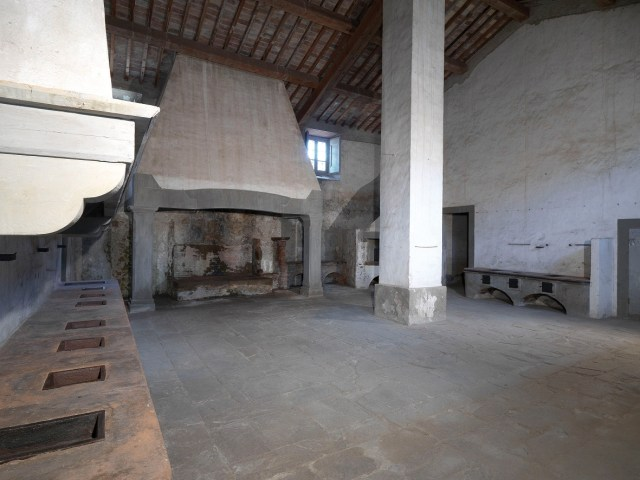 05 The Medici Villa kitchens