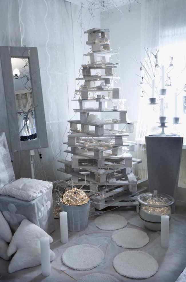 Fai da te Albero di Natale con Pallet  Tuttoferramentait
