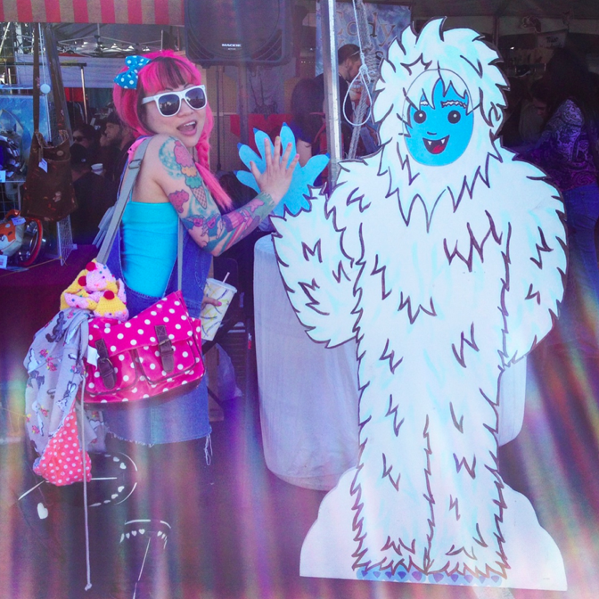 Twinkie Chan | Found a Yeti Day out!