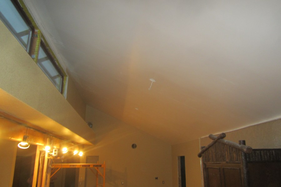 More white ceiling