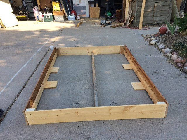 Frame with mid and side supports
