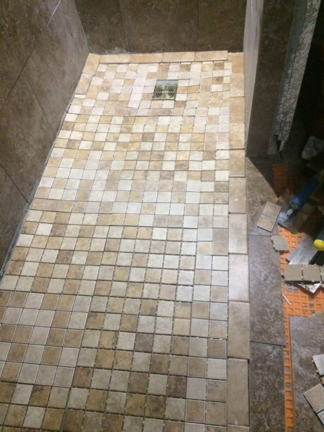 Shower edge tiles