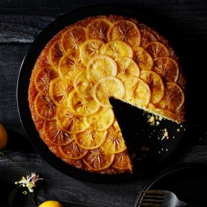 meyer-lemon-cornmeal-upside-down-cake-su