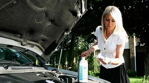 Engine oil top-up