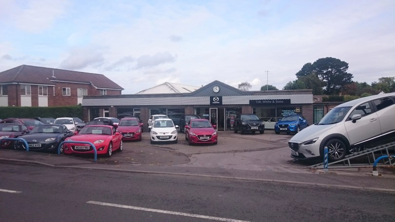 Mazda Dealership in bookham | T W White & Sons