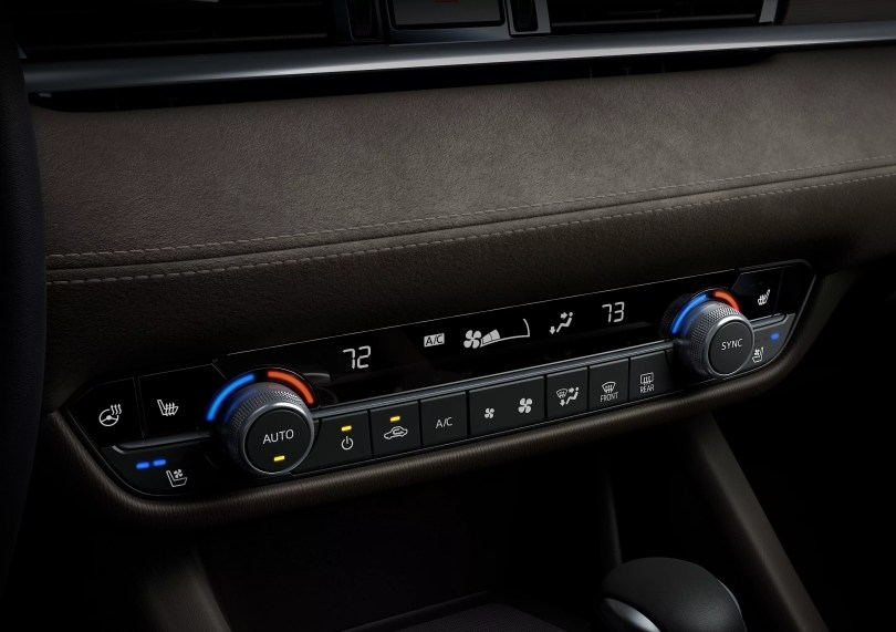 2018 Mazda 6 interior air conditioning controls
