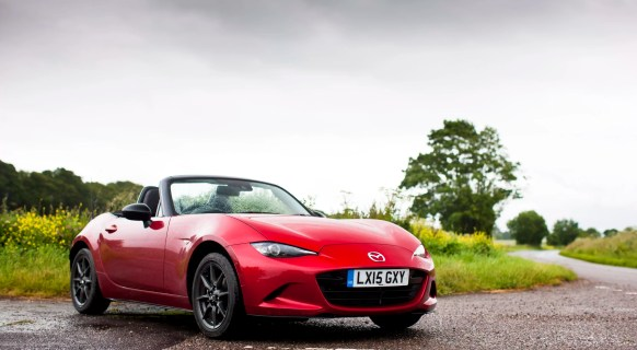 Mazda MX5 At Goodwood. 21st – 22nd June 2015. Photo: Drew Gibson