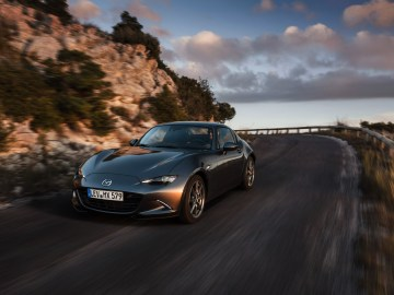 Mazda MX-5 RF in Machine Grey