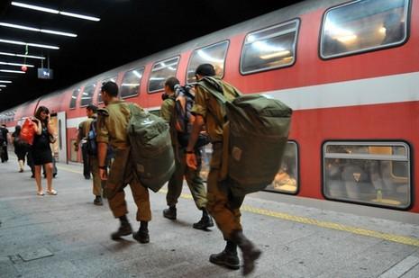 רכבת לא לחיילים