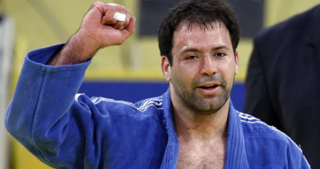 הצדעה לאריק זאבי, יעקב טומרקין, אנדיוני ויתר חברי המשלחת הישראלית לאולימפיאדה