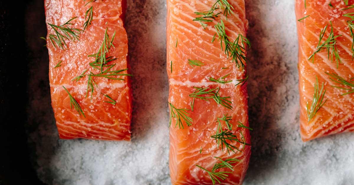 Как засолить красную рыбу без лишних ингредиентов