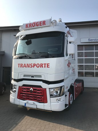 2018-04-12-renault-t-kroeger-transporte-2