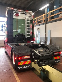 projektfahrzeug-dennis-kirscht-volvo-fh-2018-06-3