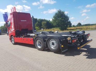 2018-07-20-p-schartau-transporte-volvo-fh-haken-3