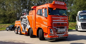 20190831-Knaak-Volvo-FH-8x4-Abschlepper-3