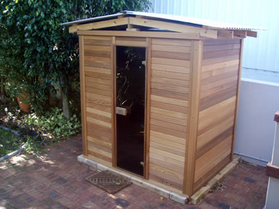 Ukko Cedar Log Sauna