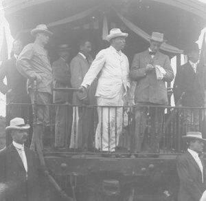 Fedora vs Panama Hats - President Roosevelt sporting a Panama hat