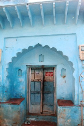 Storefront near the Taj Mahal in India.