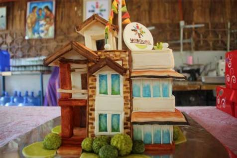 A cake designed to look like the Unbound Antipolo office building.