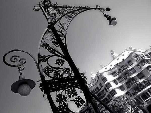 Tècnica i Art: L'arquitectura del Ferro a Barcelona