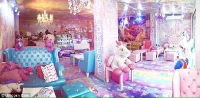 390E98E900000578-3819481-The_Unicorn_Cafe_in_Bangkok_Thailand_features_a_psychedelic_mix_-a-27_1475507014972