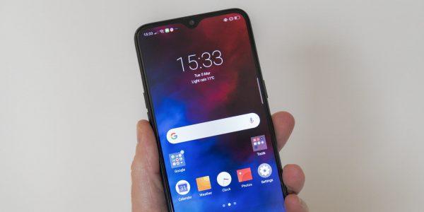 Desain Luar Smartphone Realme 3