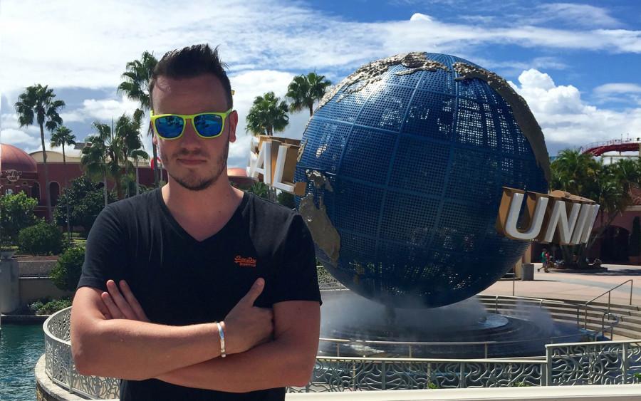 UK globe Kevin Gibson