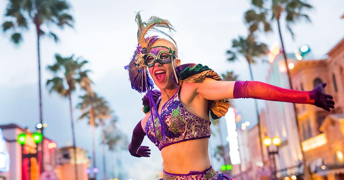Fast 7 Car Wallpapers Universal Orlando Close Up Mardi Gras At Universal