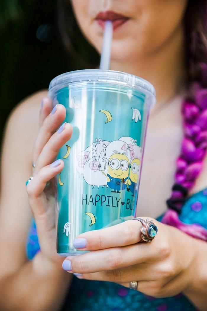 Inside My Bag - Universal Orlando Resort - Minion Cup