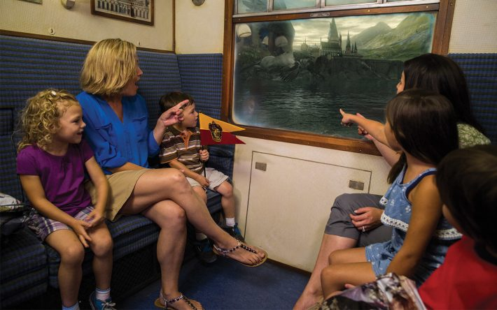 8 Brilliant Reasons to Ride the Hogwarts Express Both Ways