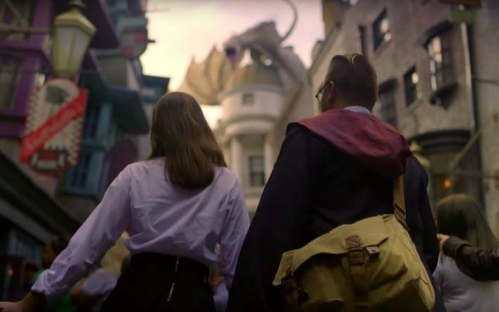 Scavenger Hunt during Back to Hogwarts 2018